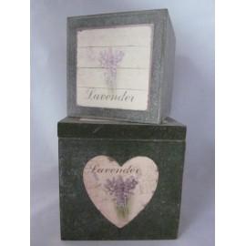 Tweedelige doos van hout met lavendeldecoratie
