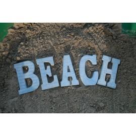 BEACH houten letters in het blauw, afm 47 X15 cm totaal