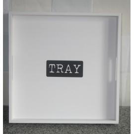 """Wit houten dienblad s met zwarte tekst """"tray"""""""