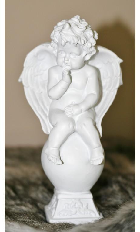 Keramiek beeldje van engel /kushandje ca. 18 cm hoog