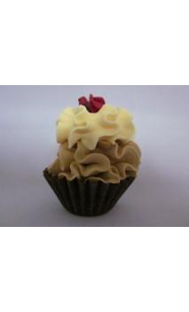 Petit four: Mokka, gele creme met een roosje erop